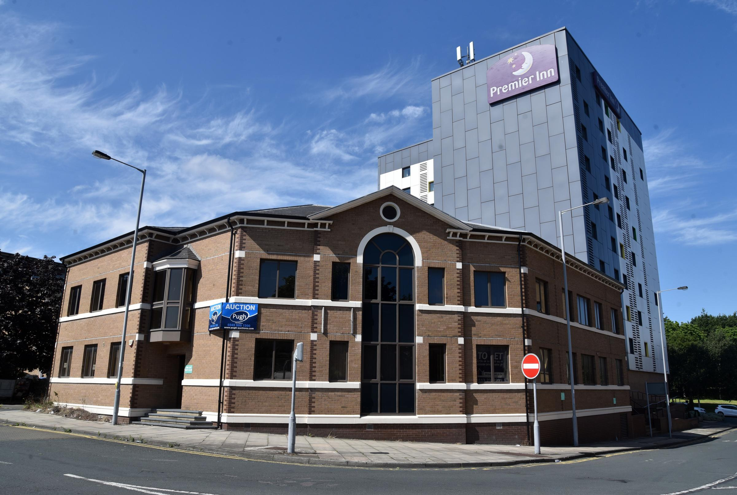 Plan to turn city centre offices into flats is approved