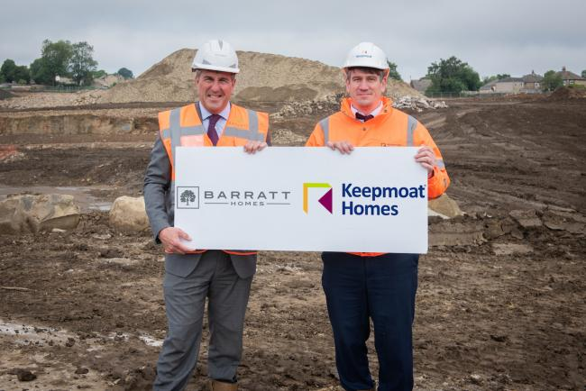 Ian Ruvthen from Barratt Homes and Gary Chambers from Keepmoat Homes at the site