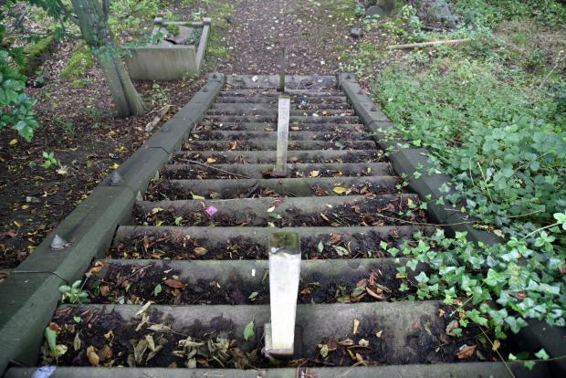"Bradford Telegraph and Argus: A handrail on these steps is ""long gone"" says one relative of someone buried at Undercliffe Cemetery"