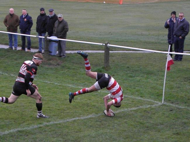 Mikey Hayward scores a spectacular try in Cleckheaton's win over Malton & Norton Picture: Gerald Christian