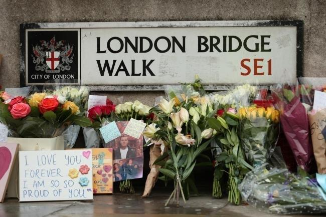 Tributes at London Bridge