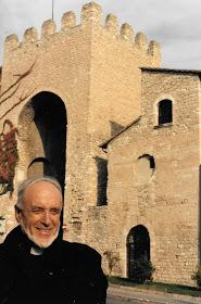 Local artist Hildred Harpin in Assisi