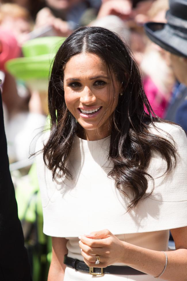 The Queen and Meghan Markle visit Chester. Pic: Meghan Markle meets the crowd. GA140618A.