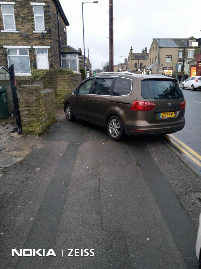 Totally blocked the foot path on Lilycroft Road opposite Andres bakery. No consideration for pedestrians whatsoever.