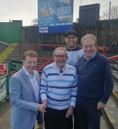 Alan Midgley (centre) with chairman Mick O'Neill, director Mike Smith and centre Jake Webster Picture: Keighley Cougars