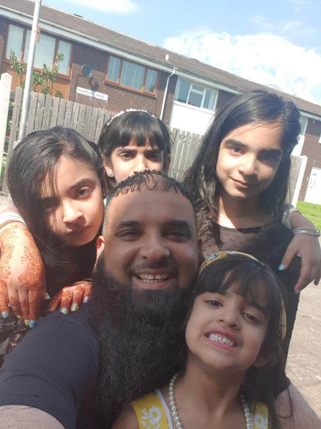 With my princess daughters takin selfie at the local park, lovely sunny day.