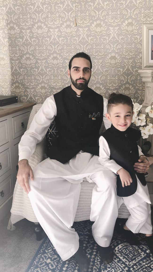 Shahrukh aftab & Benzema abbas  both brothers getting reddy to go mosque