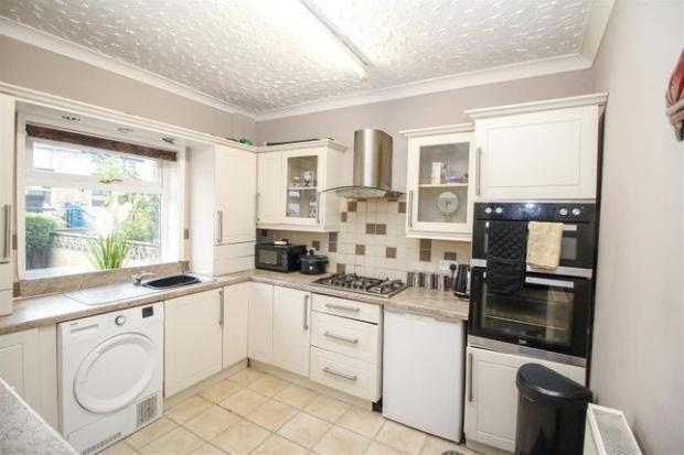 Bradford Telegraph and Argus: The kitchen in Princes Crescent (Photo: Zoopla)