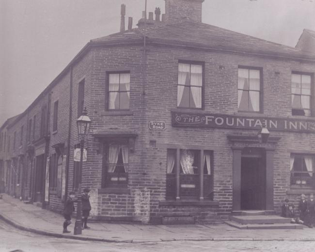 The Fountain Inn, pictured in the 1920s. Photo: Dr Paul Jennings