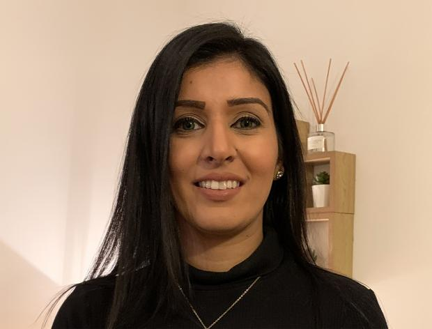 Bradford Telegraph and Argus: ACHIEVEMENT IN BUSINESS, MANAGEMENT, FINANCE & LAW WINNER - SIMRAN KAUR BHOGAL