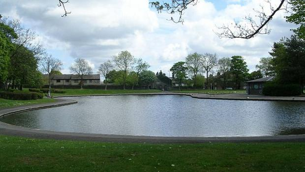 Bradford Telegraph and Argus: Bradford Moor Park Lake