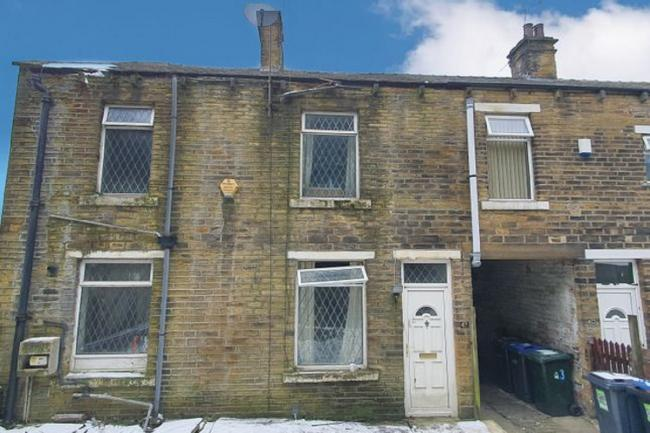 Inside two-bedroom Bradford house at auction for £10,000 guide price. Picture: Zoopla.co.uk