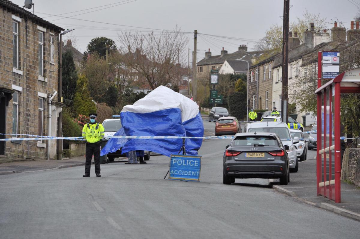 Two Men And Woman Arrested On Suspicion Of Murder In Keighley After Man Dies Bradford Telegraph And Argus