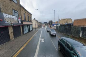 Cyclist in 'critical condition' after hitting Leeds Road