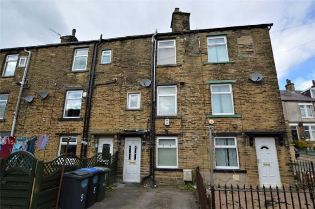 Two-bedroom house in Whitehead Place, Fagley, set for auction for £45,000 guide price