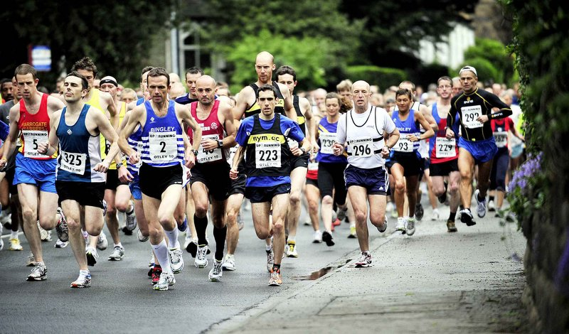 The early pacesetters at the start of the Otley 10 Mile Road Race