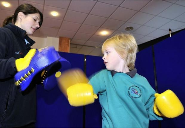 Sandy Lane pupil Lewis Kay tries boxing