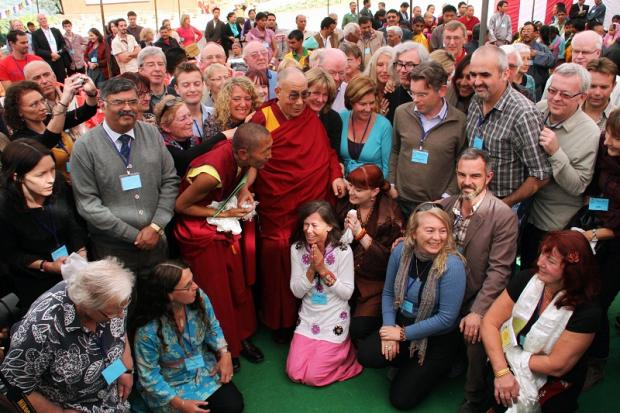 Steve Smyth (checked short-sleeved shirt) meets the Dalai Lama in Dharamasala, India