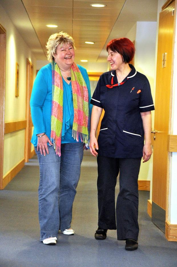 Cancer patient Debbie Dickson-Coe (left  with palliative care nurse Belinda Marks)