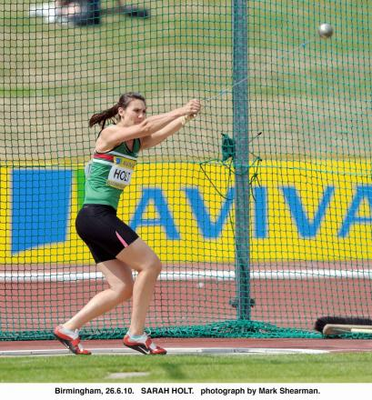 Cleckheaton hammer thrower Sarah Holt is fourth in Commonwealth Games final