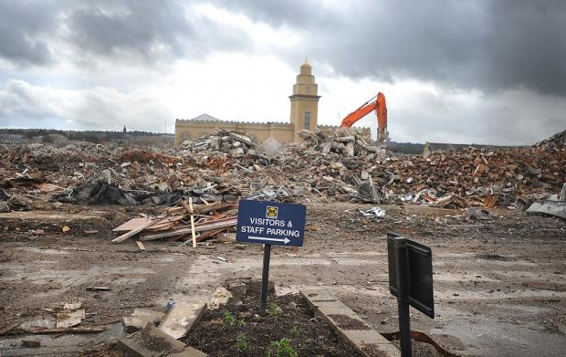 Bradford Telegraph and Argus: Morrisons former headquarters on Thornton Road is demolished