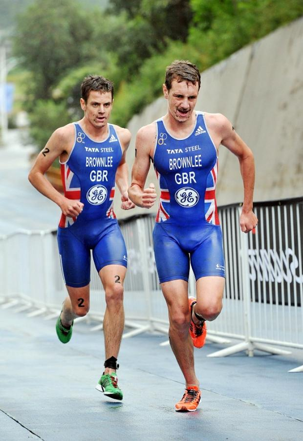 Jonny Brownlee, left, getting used to running without his brother Alistair, is hoping to complete a memorable campaign in Auckland this weekend