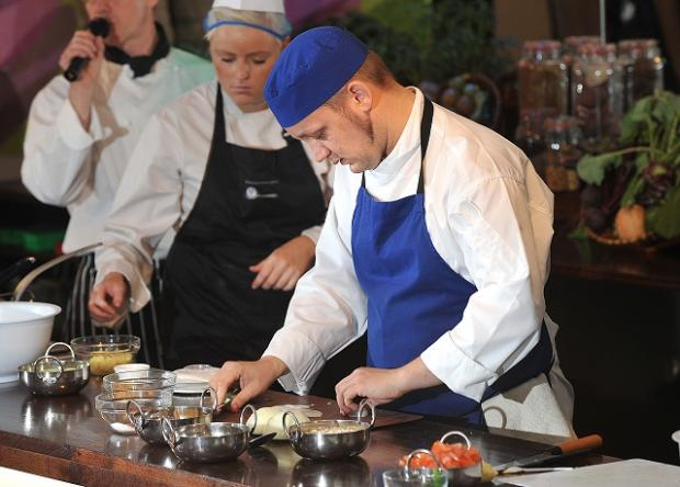 tudents from Bradford College demonstrate their skills at the World Curry Festival