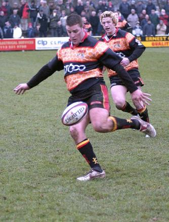 Veteran fly half Phil Greaves has an extra spring in his step by playing alongside Richard Tafa and Henry Paul