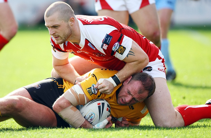 Adam Sidlow's physical presence is a welcome addition to the Bulls' 2013 squad