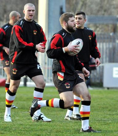 Nick Scruton warms up ahead of the Bulls' opening pre-season match at Dewsbury