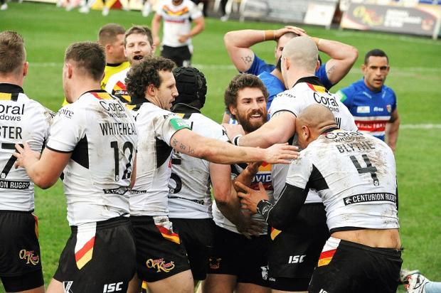 This was a familiar scene as the Bulls ran in seven tries to crush Wakefield 40-6