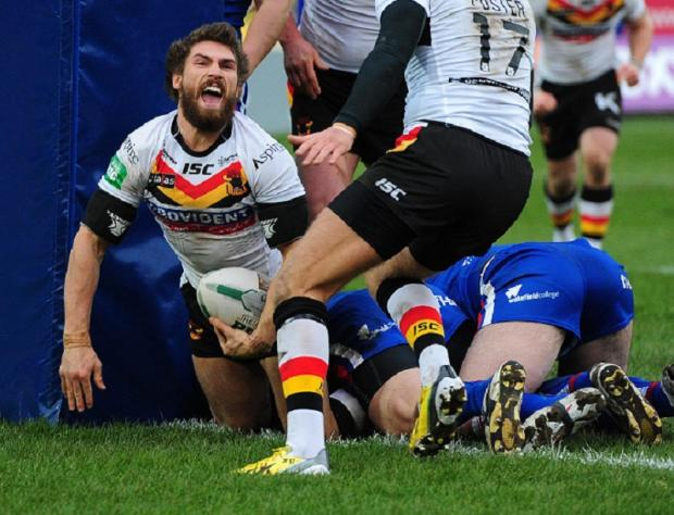 ROARING FORTY: Jarrod Sammut scores one of his two tries in the Bulls' 40-6 thrashing of Wakefield
