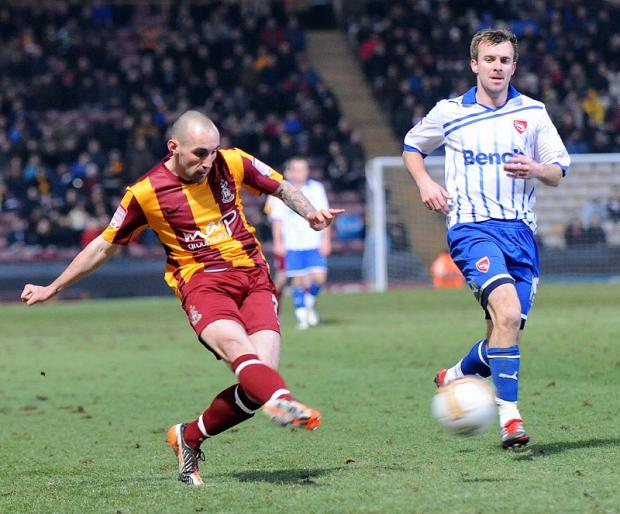Mark Stewart, who failed to score in 15 appearances in England last season, could cost Bradford City 250,000 euros in compensation to Falkirk