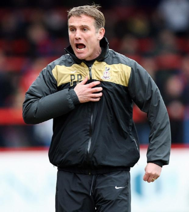 Phil Parkinson wants to create a 'vociferous' atmosphere to help City regain their home form