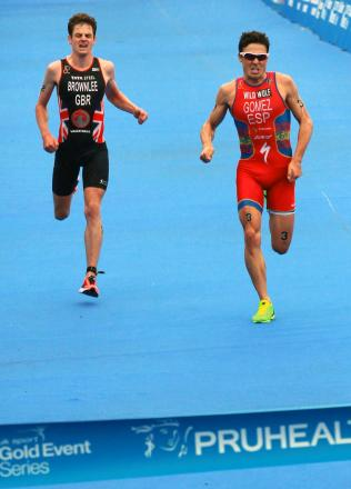 Jonny Brownlee and Javier Gomez renew their rivalry in South Africa this weekend