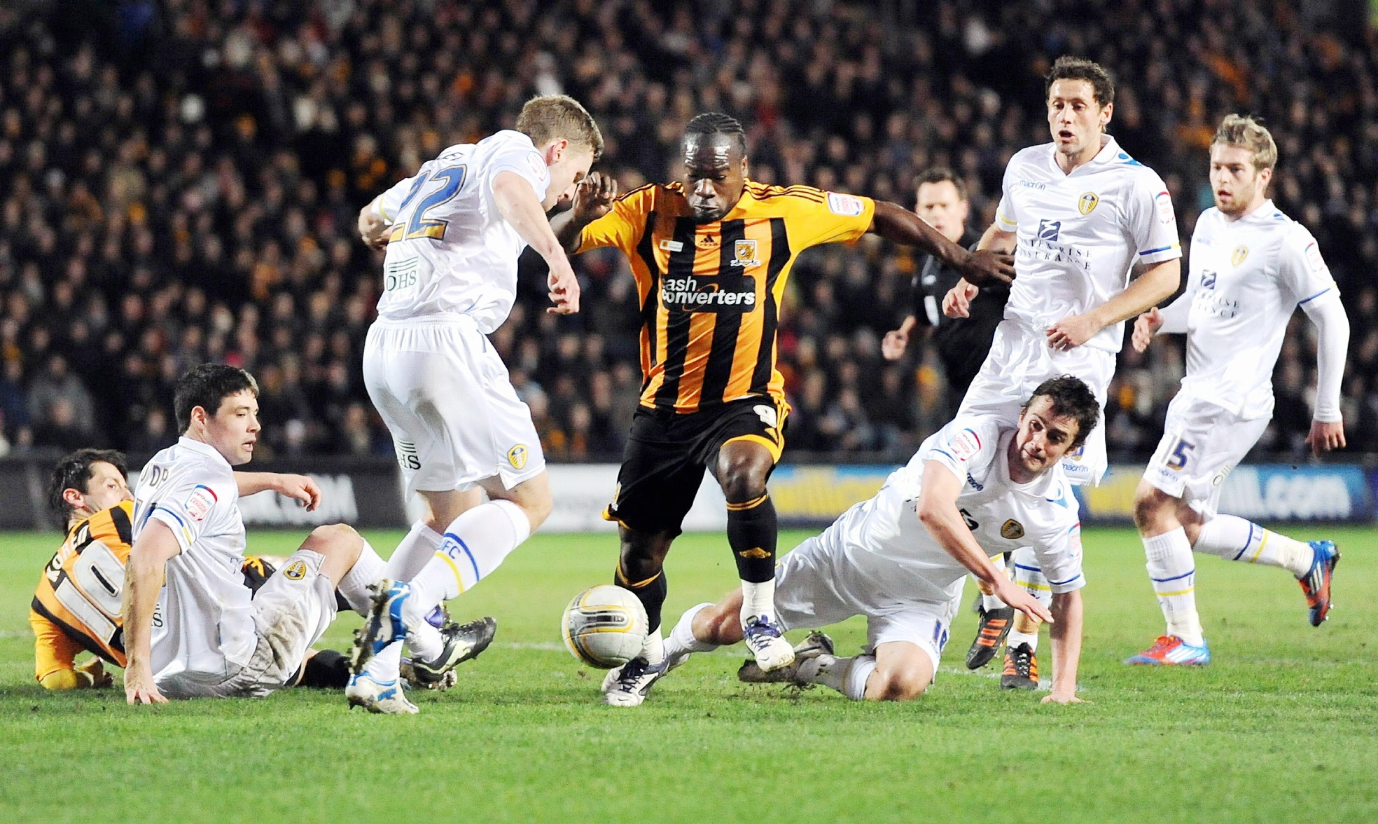 Aaron McLean in action for Hull