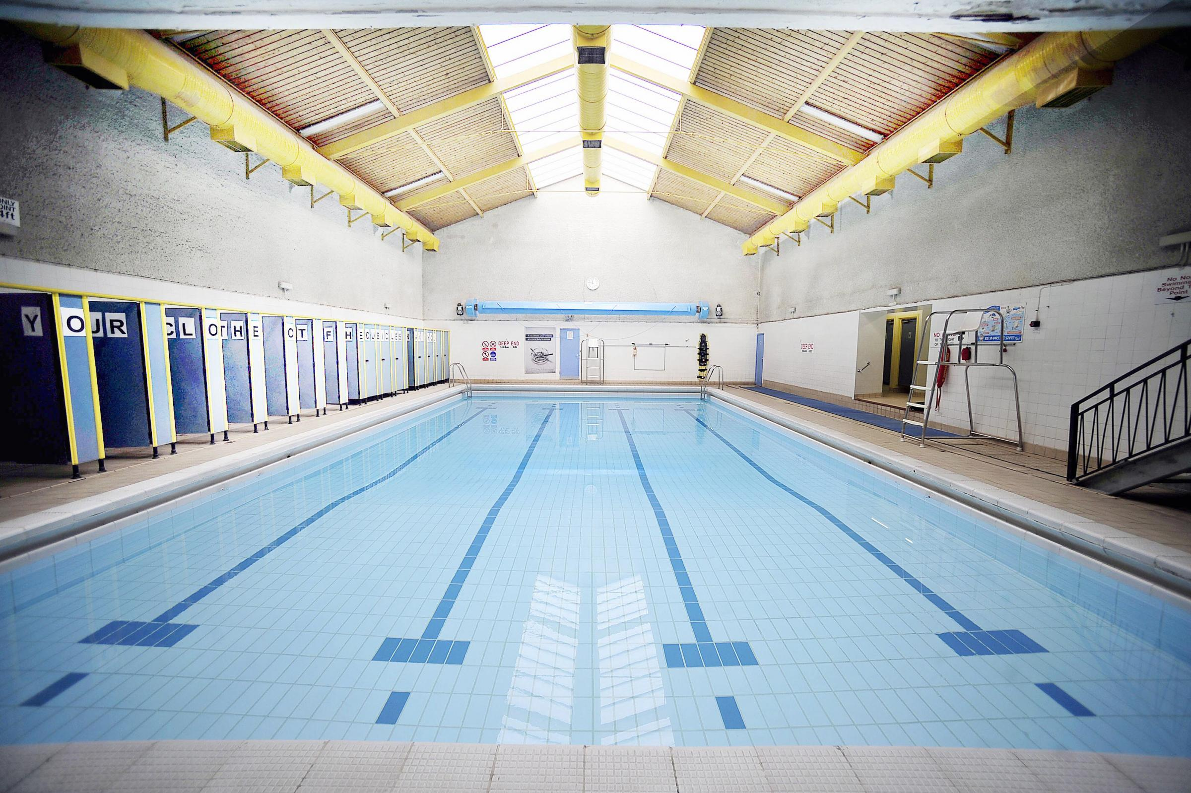 Campaigners in Queensbury fight to save swimming pool | Bradford ...