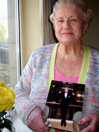 Gwen Stanley with a picture of her brother Kevin Parratt