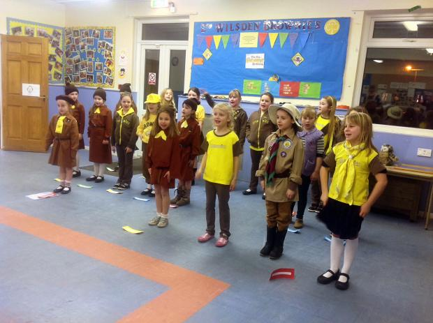 Wilsden Brownies at the performance