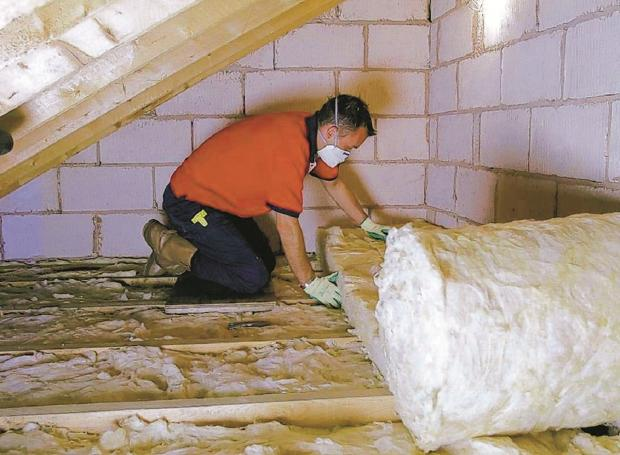 Insulation plans hit by 'dirty deal'