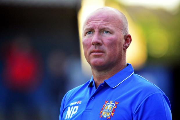 Farsley manager Neil Parsley
