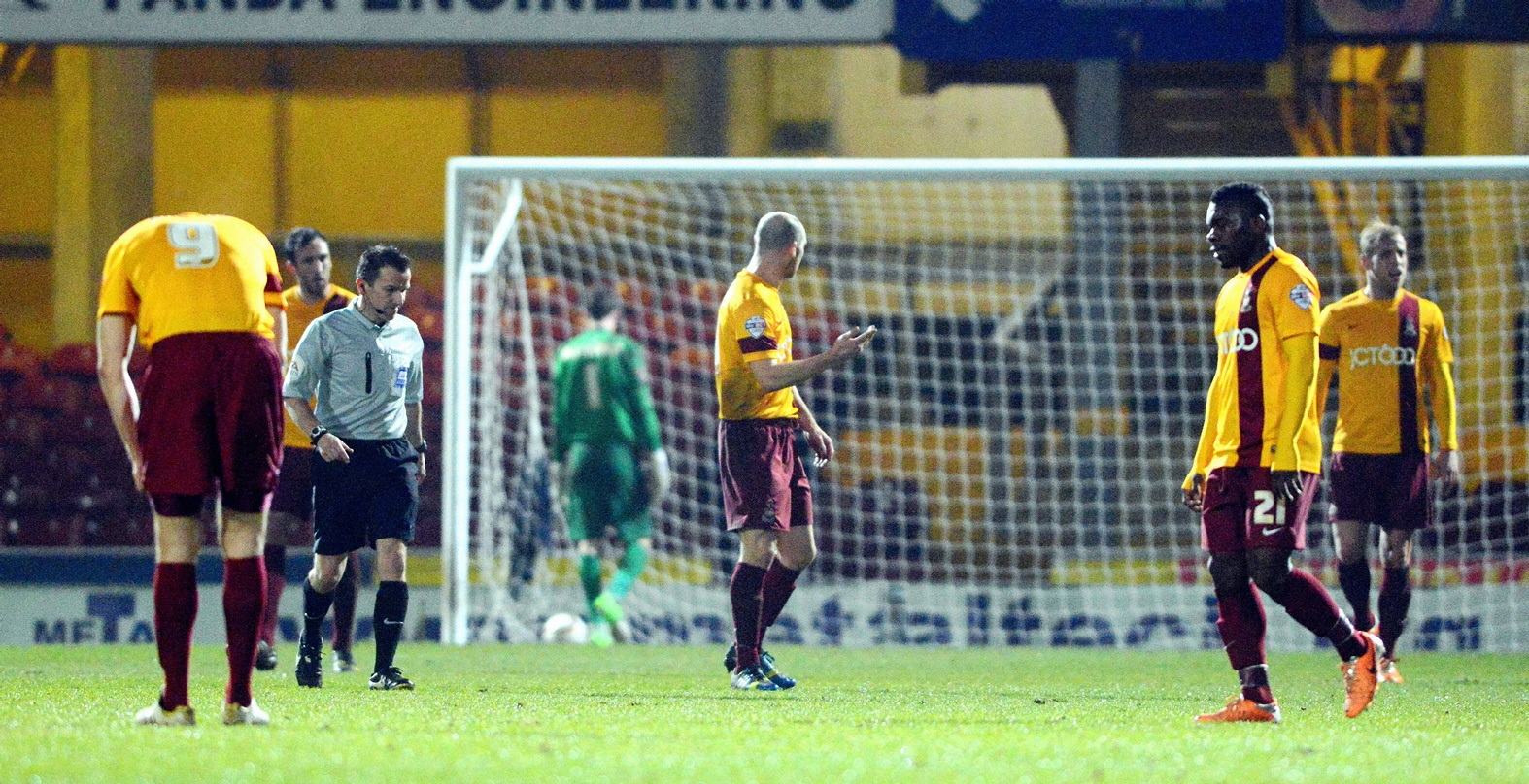 Final whistle prompts boos all round for shot-shy Bradford City