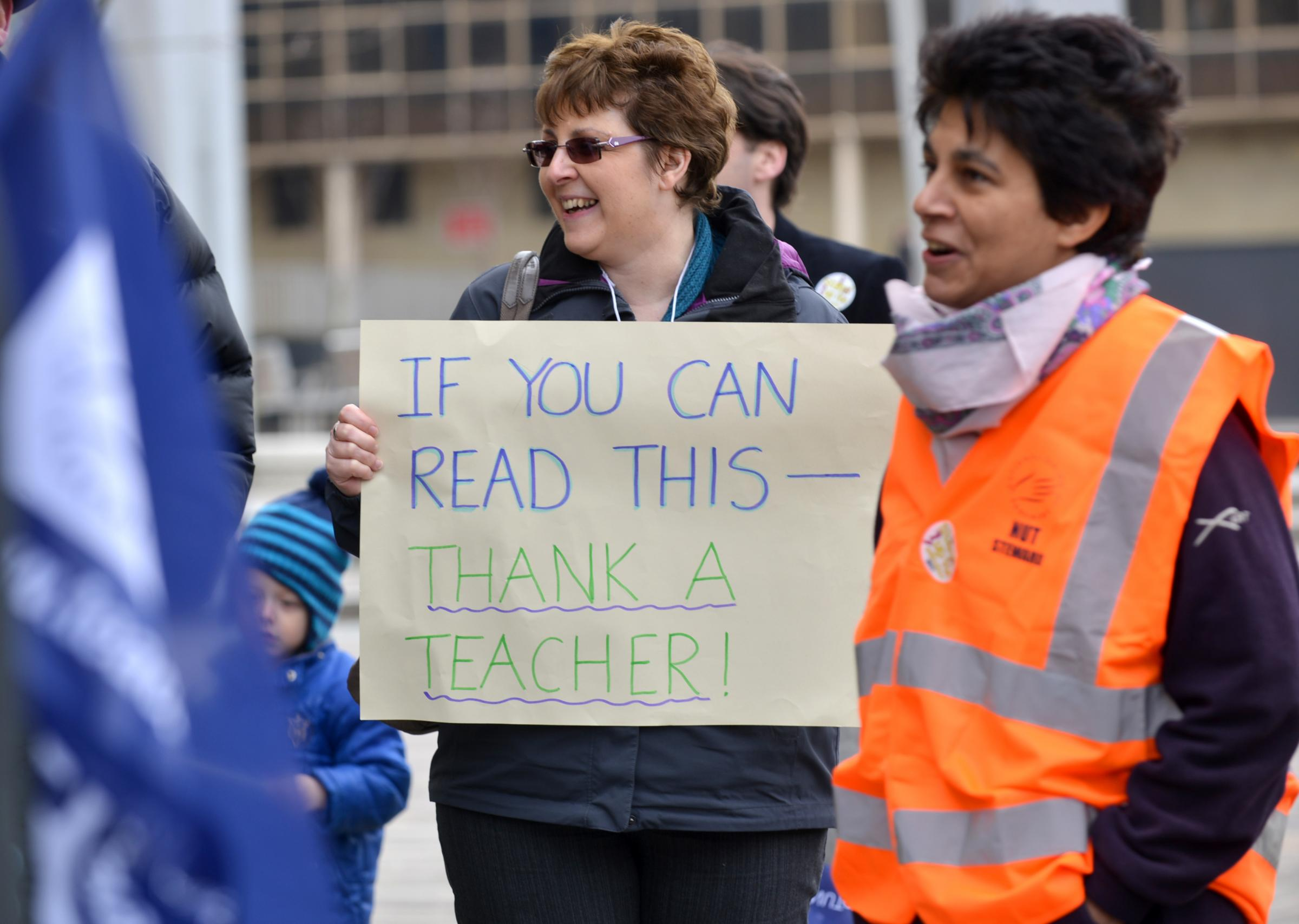 VIDEO: More than 100 Bradford schools hit by teachers' strike - see list of schools affected