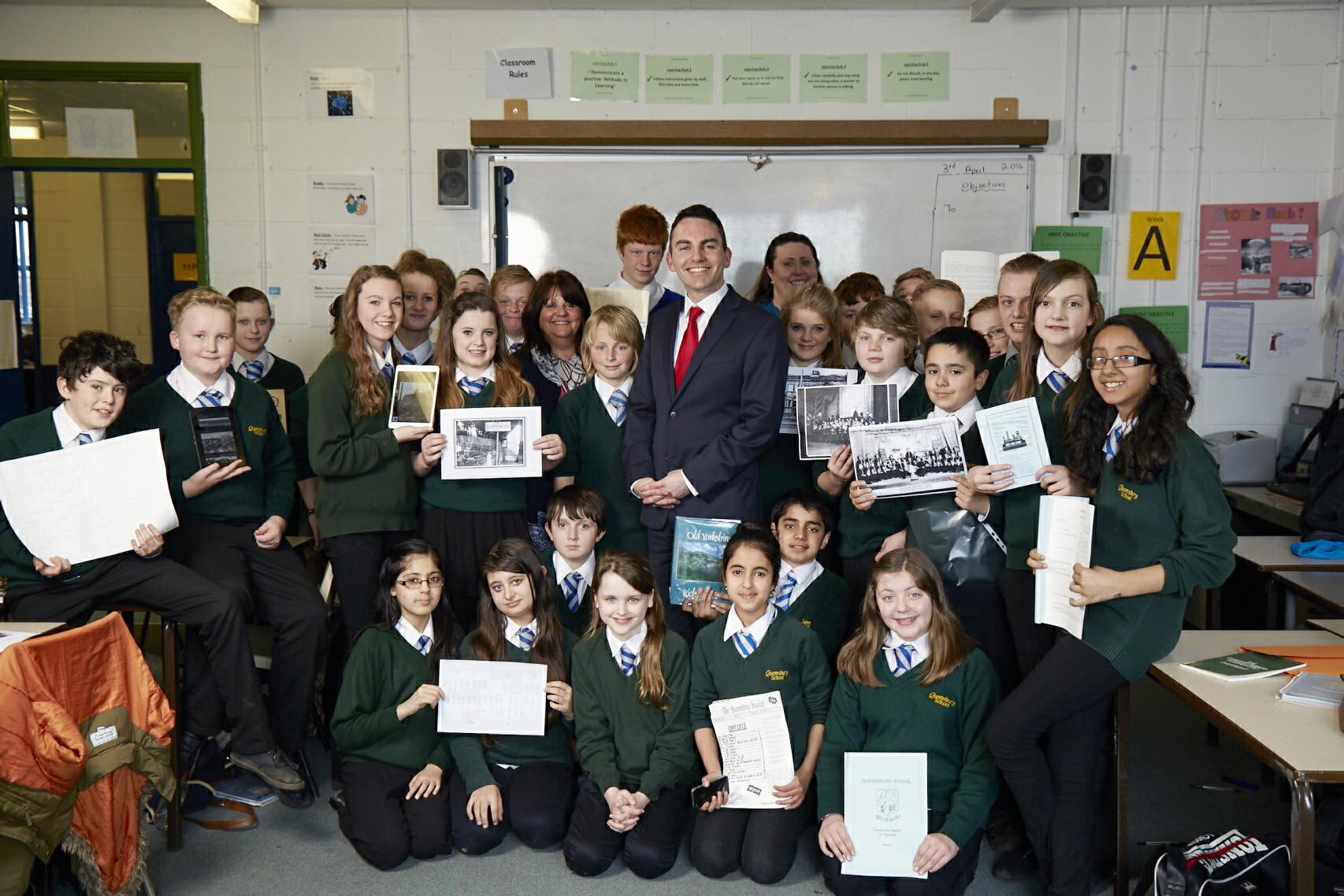 Queensbury School pupils to name homes site