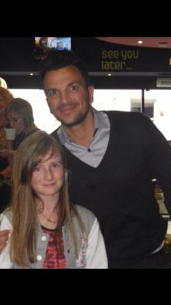 Prizewinner Milly meets idol Peter Andre