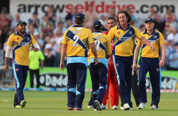 Ryan Sidebottom, second left, has been recalled for tomorrow's twenty20 match against holders Northamptonshire Steelbacks