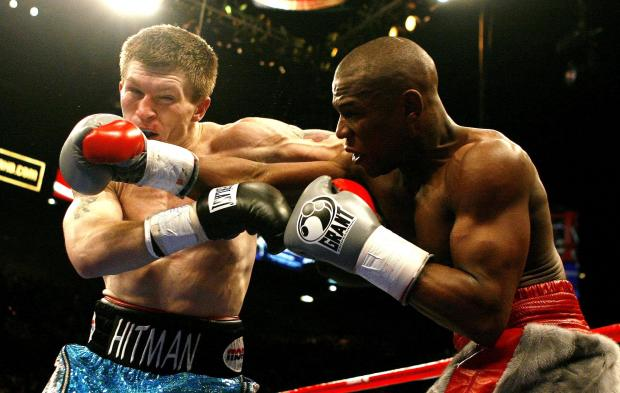 Floyd Mayweather in action during his world titlefight against British opponent Ricky Hatton