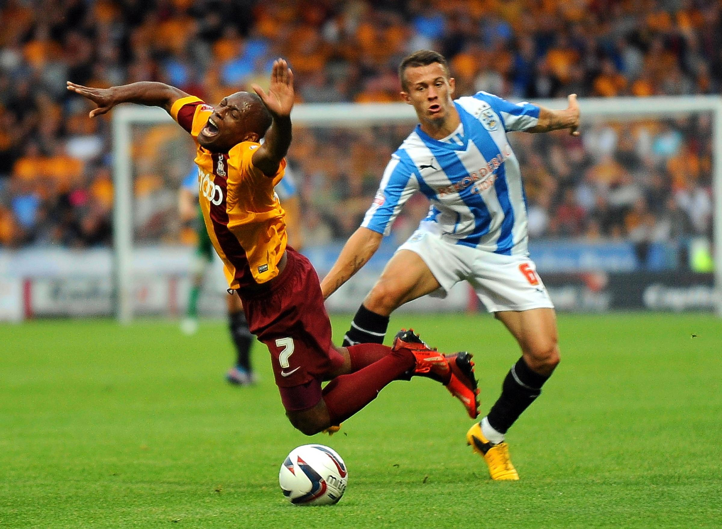 Rhodes urges Bradford City to cash in on cup success