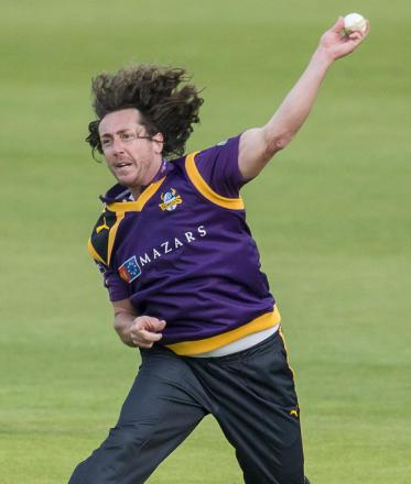 Ryan Sidebottom knows what it takes to win a county championship