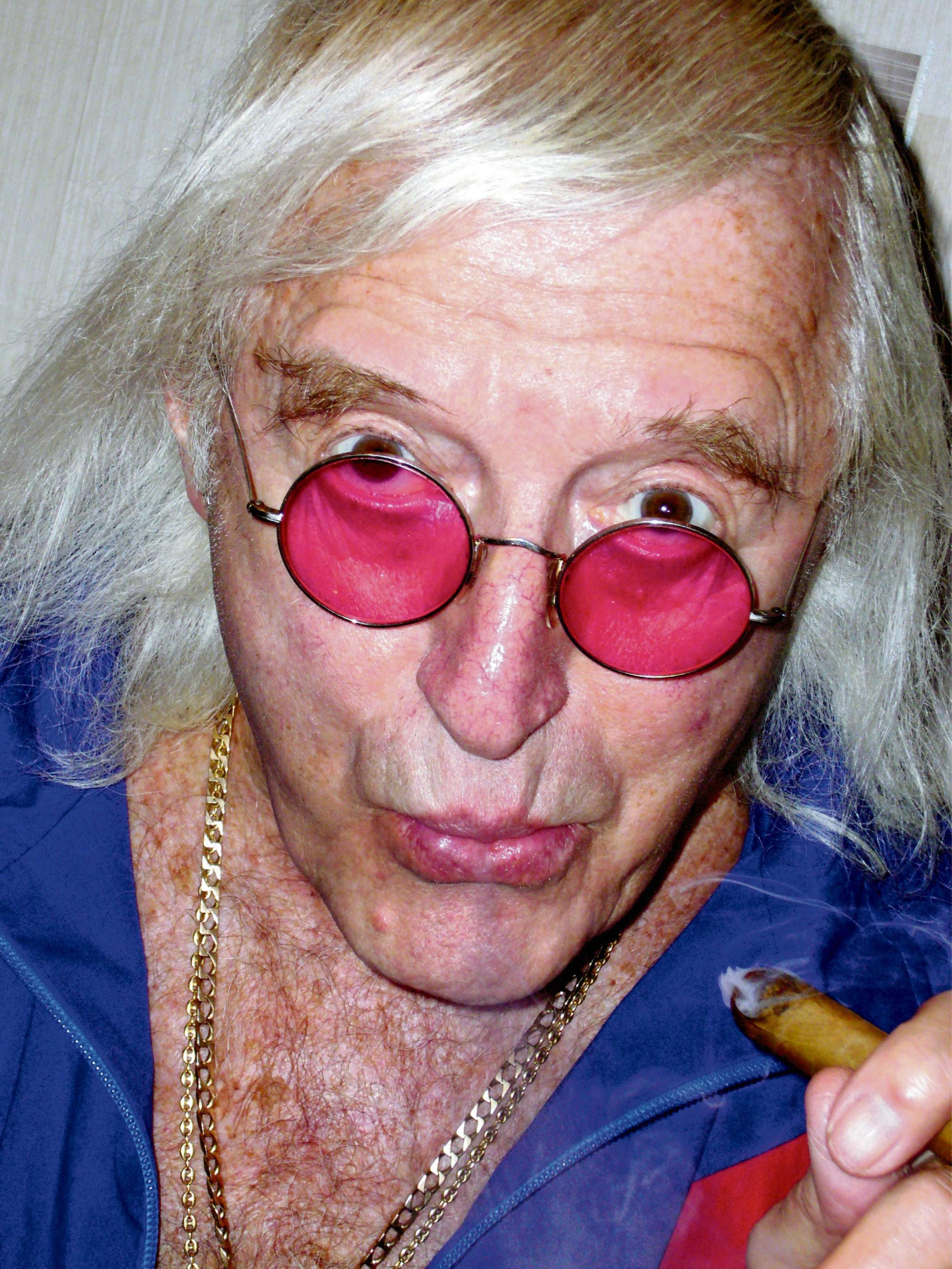 Savile 'groped women' at  High Royds Hospital, report reveals
